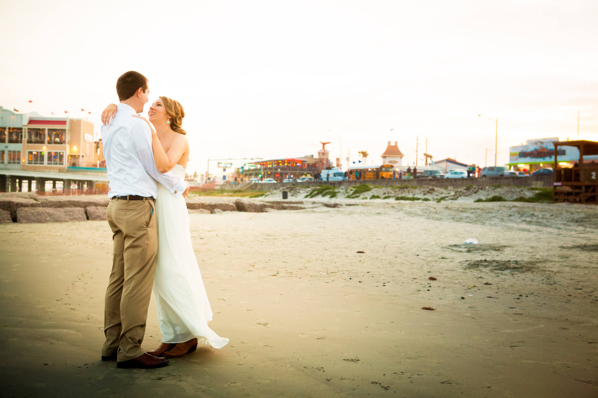 Galveston wedding planners 00288 houston wedding for Texas beach wedding packages
